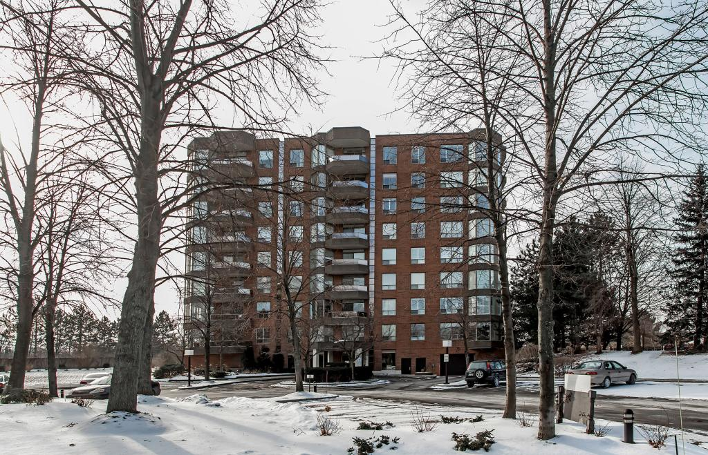 1901 Pilgrims Way, Unit 702
