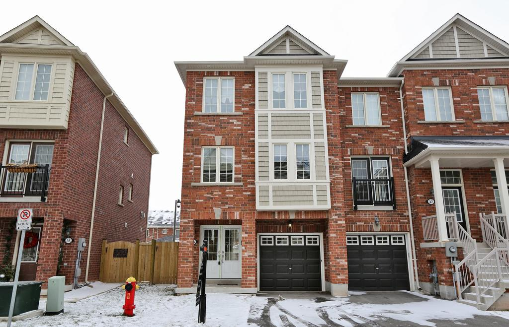 36 - 2186 Fiddlers Way