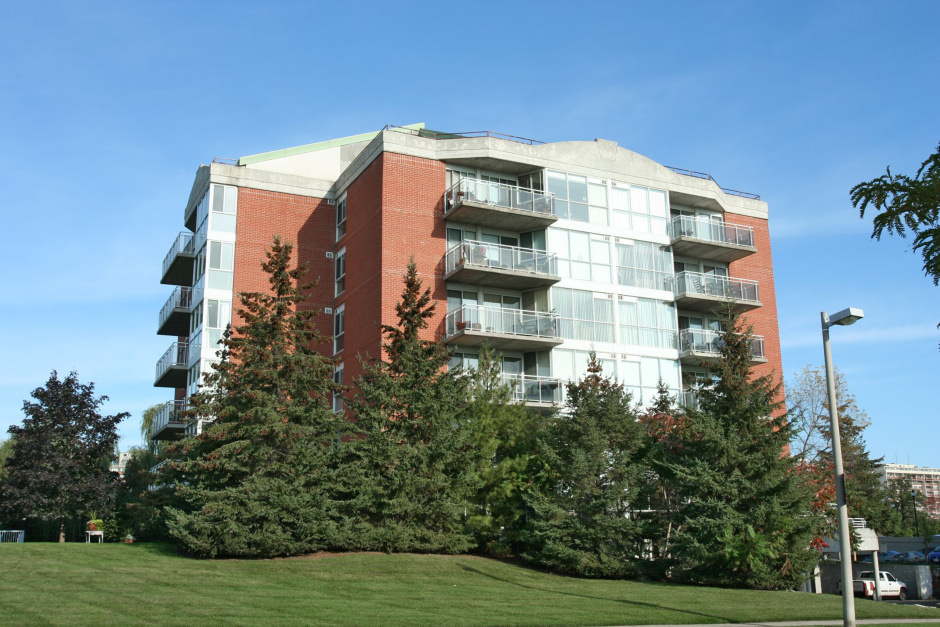 1071 Queens Avenue Unit 104