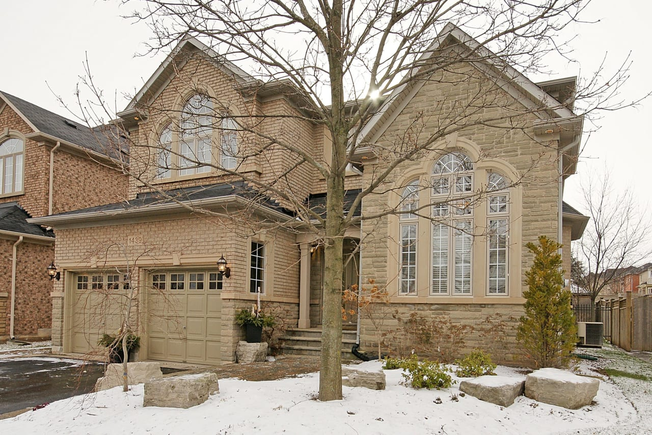 1439 Clearwater Crescent