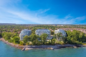 3500 Lakeshore Road West PH 21